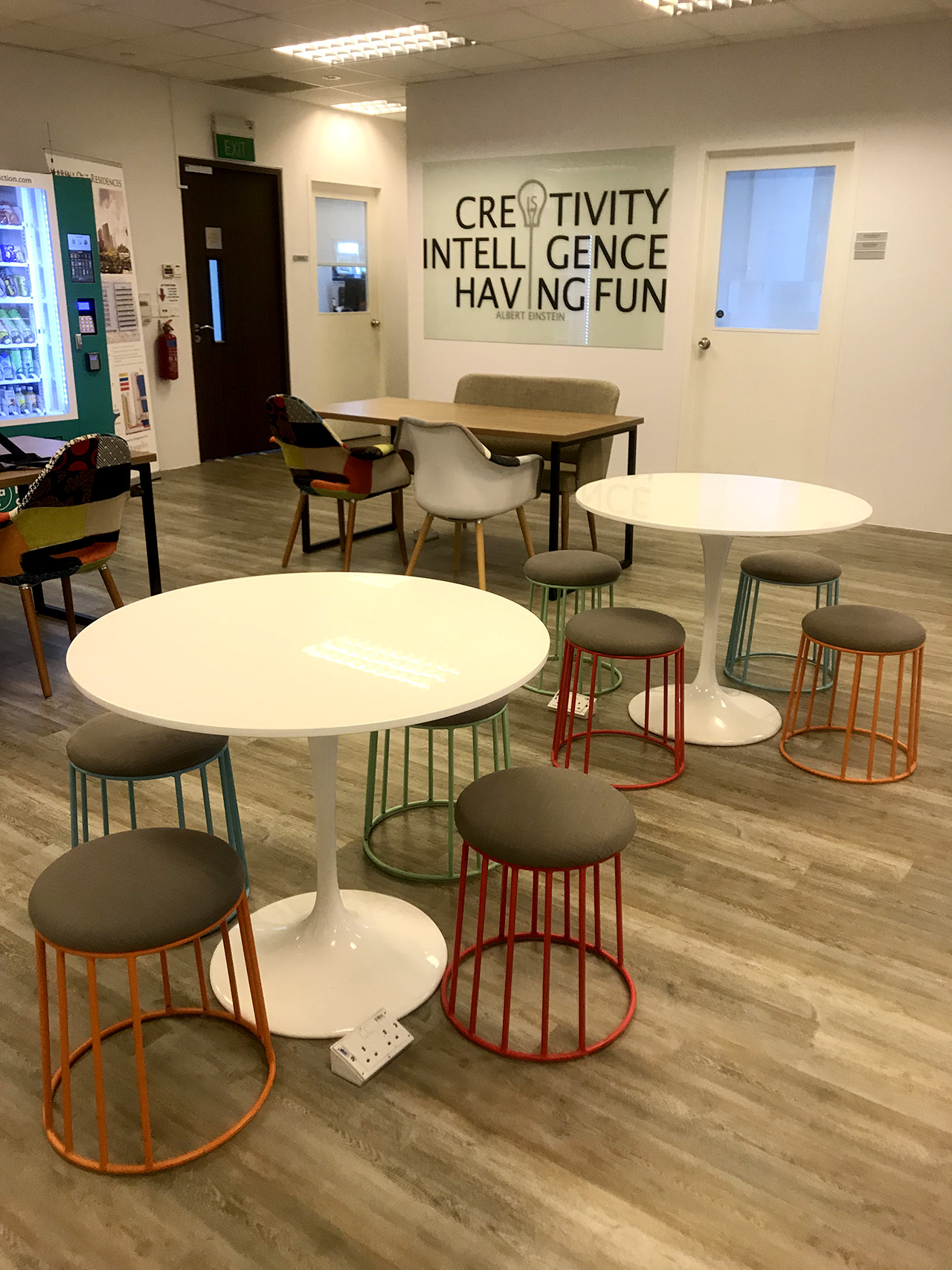 OrangeTee - Orange Tee Building | Products Seen: [Campus Stool & Megan Dining Table – Dia900]