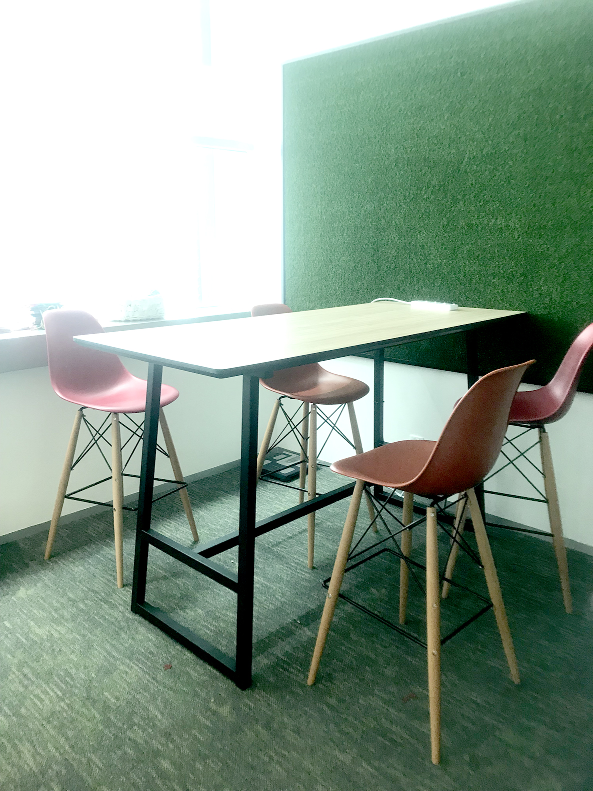 Robert Bosch (SEA) Pte Ltd | Product Seen: [Anderson Bar Table – Customisable & Argo – PP + Tower Barchair]