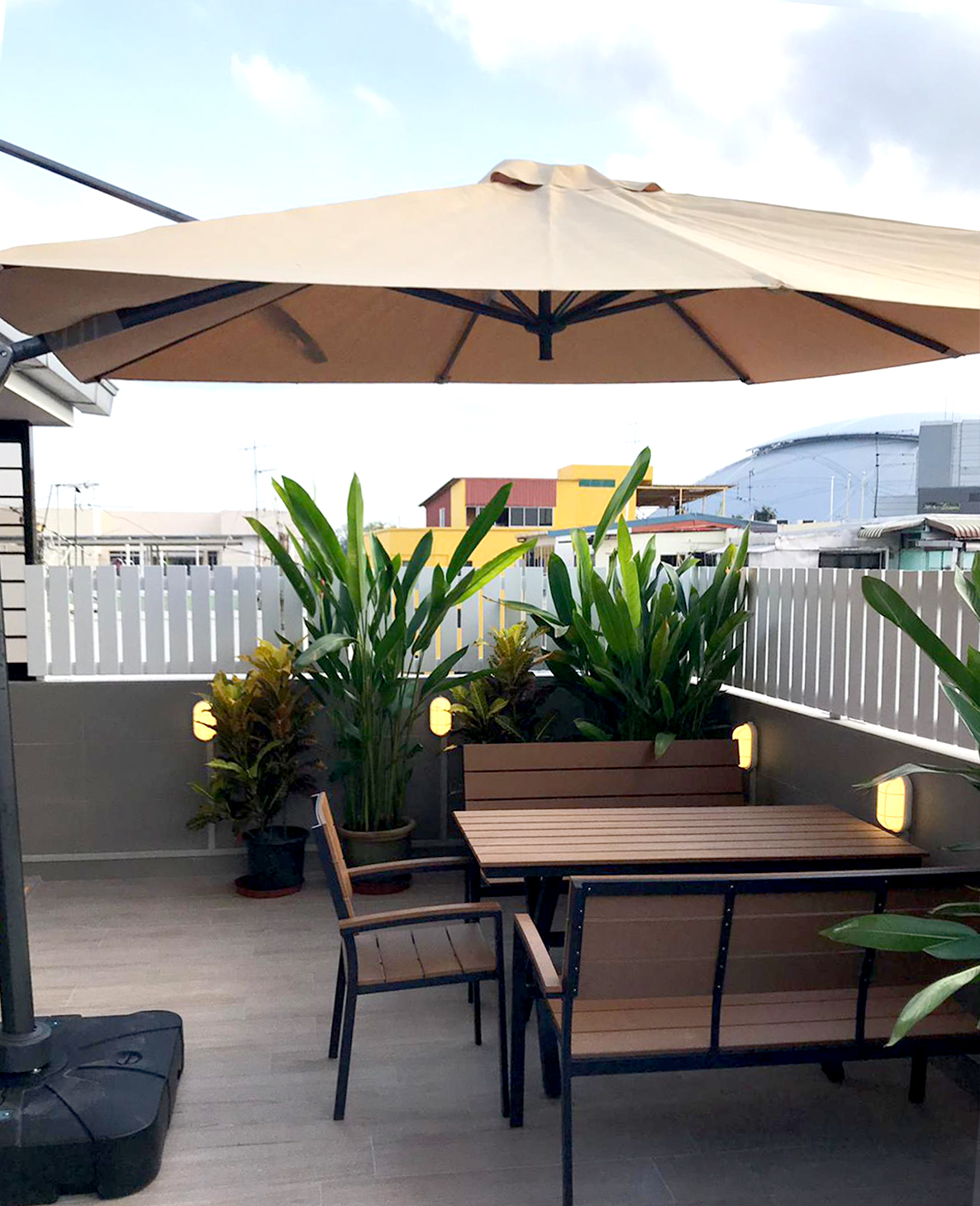 Singapore Motor Tyre Dealers Association - Geylang | Product seen: [Fossil Outdoor Armchair, Fossil Outdoor Bench – Highback & Fossil Outdoor Dining Table - W1400 & Parasol - Side 3300]