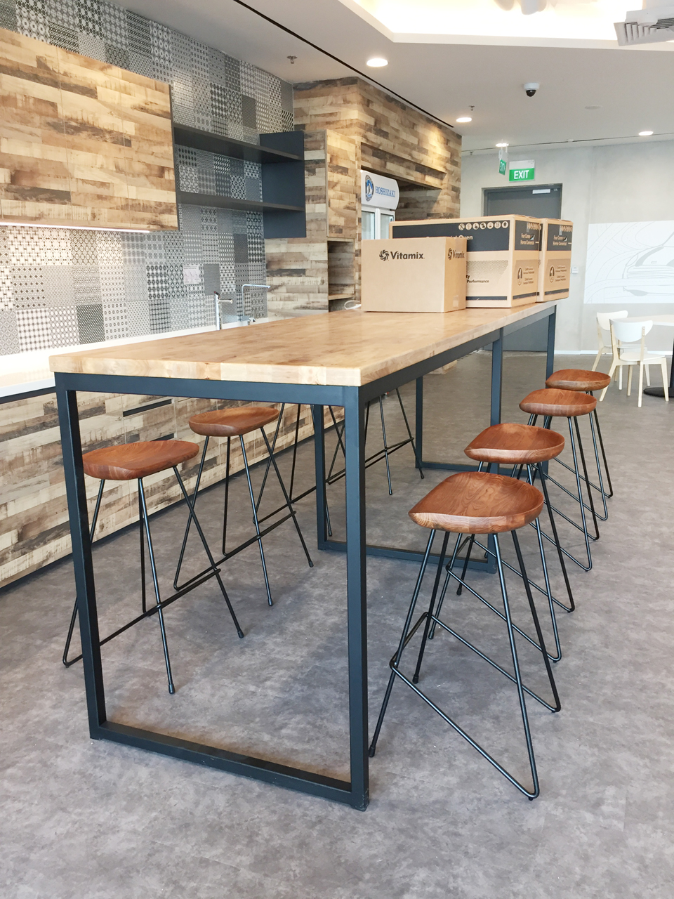 Venus Barstool Comfort Design The Chair Amp Table People