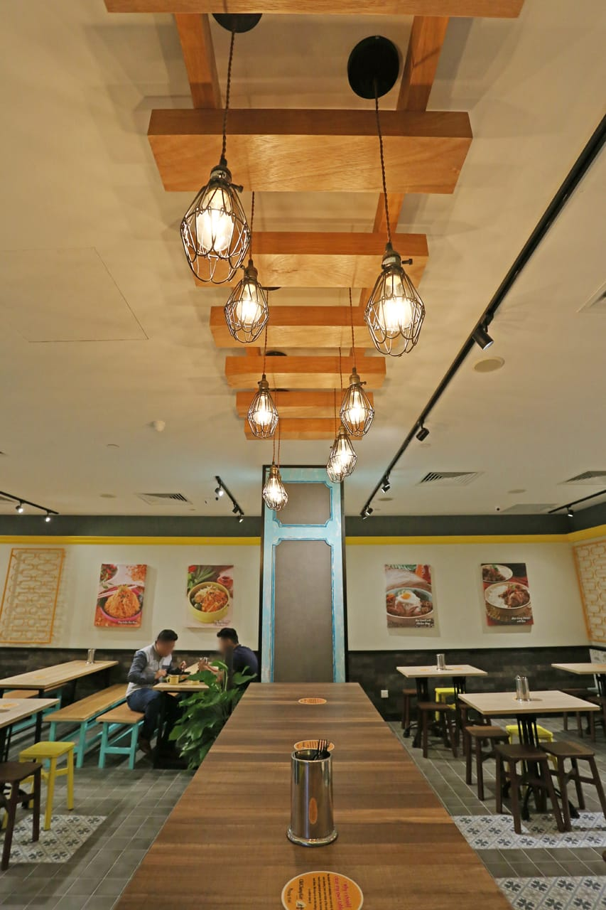 Curry Times by Old Chang Kee - Singpost Centre | Products Seen: [Tang Stool – Square, Light Hang – Cage & Antique Table Base with Customised Tabletop]<br />