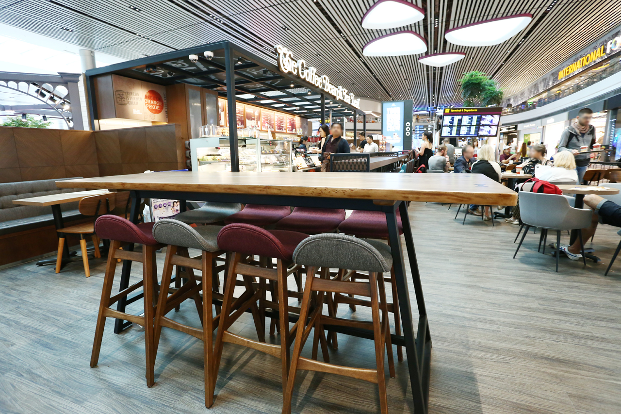 The Coffee Bean & Tea Leaf - Changi Airport Terminal 4 | Product Seen: [Jazz Barstool – SH750, Anderson Bar Table – Customisable, Customised Laminate Tabletop + FLAT® KX22 – H720 (For Dining Table), Spark Chair & Jonah Armchair]