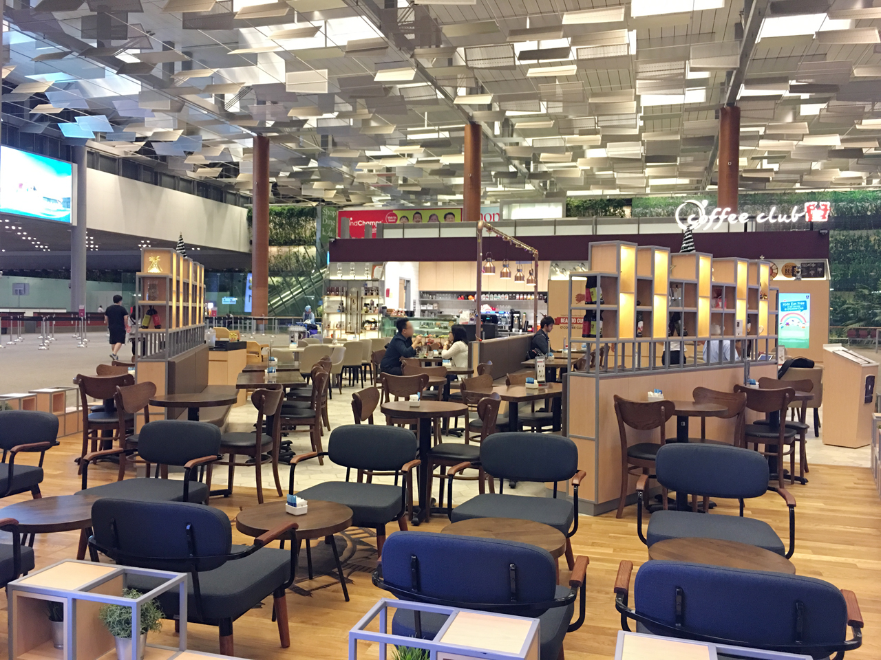 O'Coffee Club - Changi Airport Terminal 3 | Product Seen: [Journey Sidechair & Astro 1–Seater]