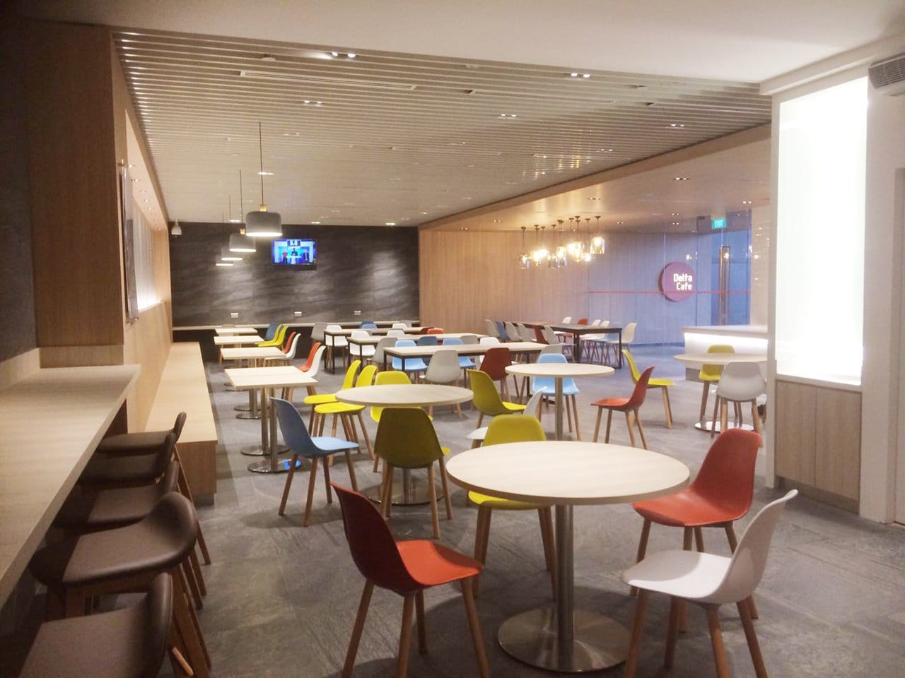 Changi Airport Group D45 Canteen for Airside | Product Seen: [Argo + Plug Chair, Jazz Barstool – SH750, Customised Laminate Tabletop + Ricky Table Leg &amp; Customised Laminate Tabletop + Traxtor Round Table Base]<br />