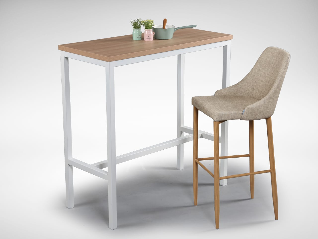 Match with [Decker Bar Table]<br />