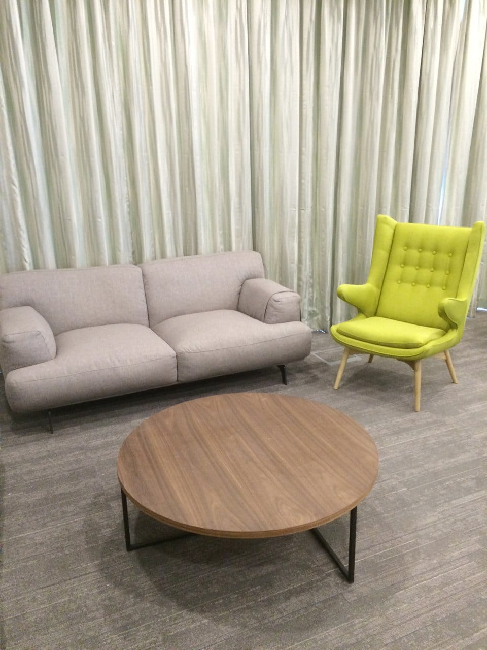 Expedia - New Bridge Road | Products Seen: [Campbell 2.5 Seater Sofa, Satchie Modular Coffee Table & Papa Lounge Set (Replica)]<br />