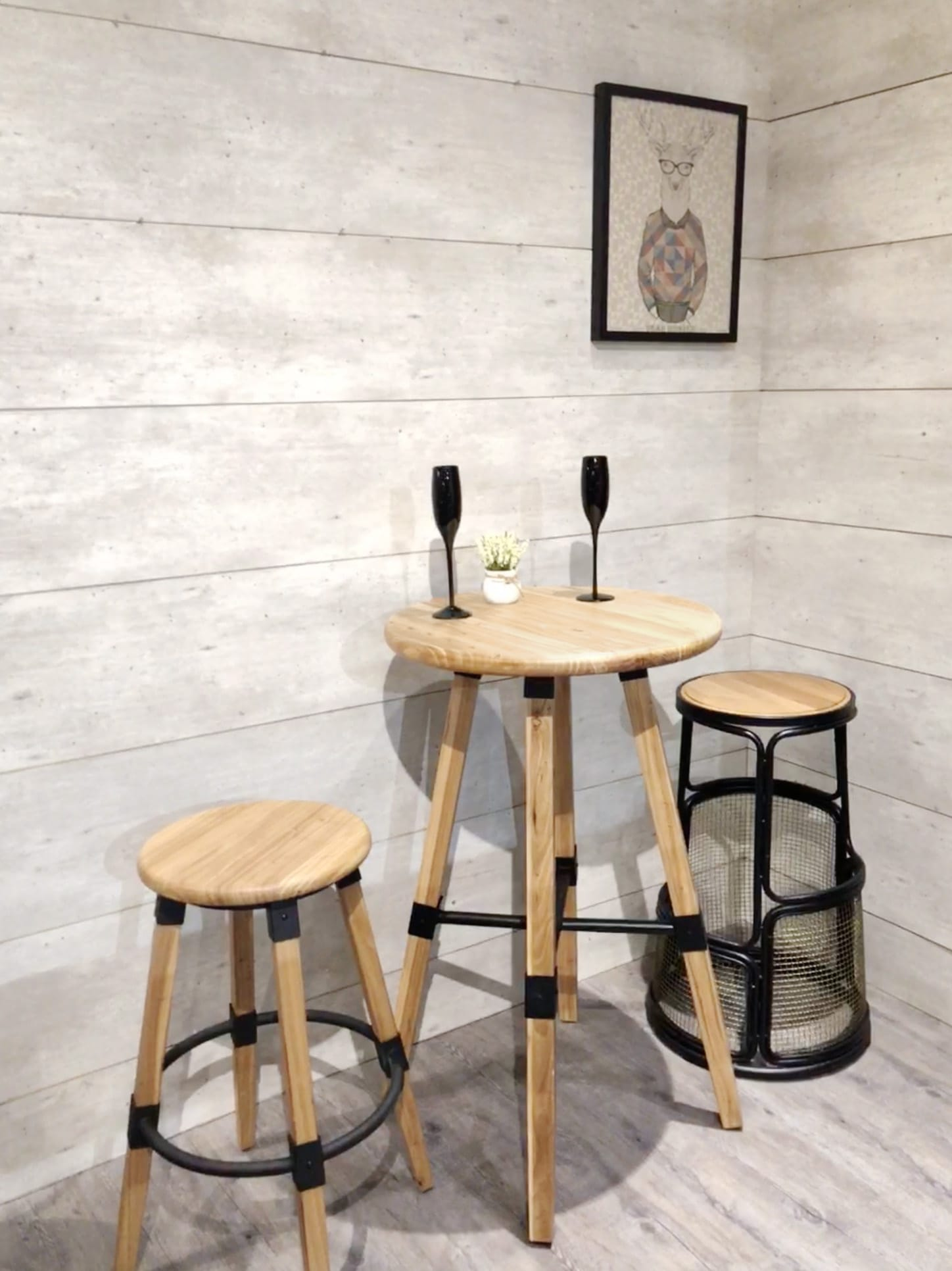 [Emu Bar Table - Round 600, Emu Barstool & Nash Bar Stool]