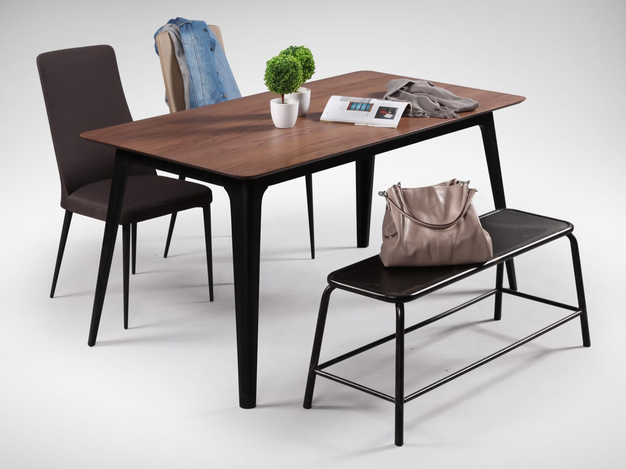 [Santana Chairs & Lama Bench matched with Fuji Dining Table – W1500]