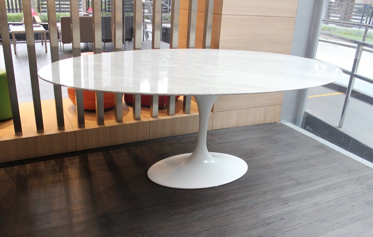 Tulip dining table oval marble replica w2000 for Design table replica