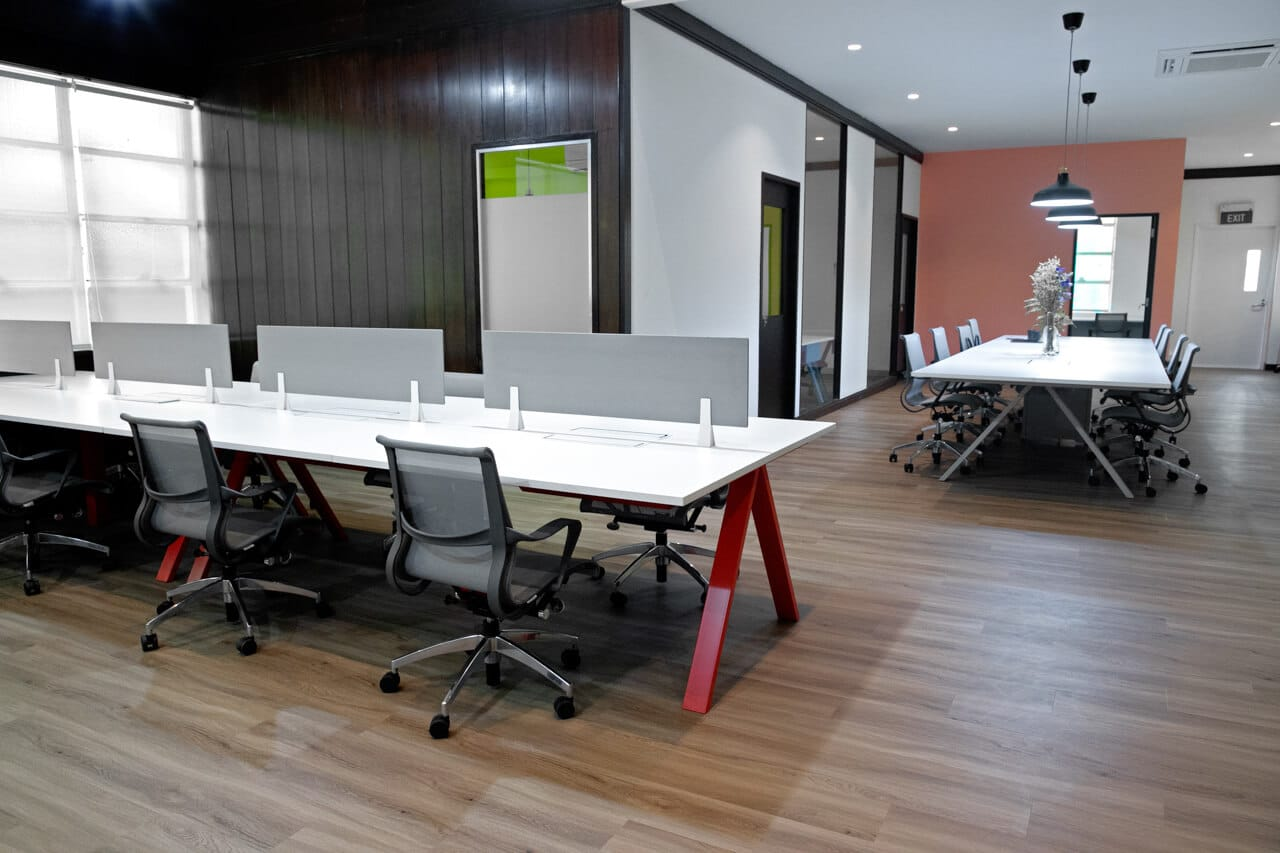 The Catalyst - Alumni Association | Products Seen: [Azura Office Chair, Apex Workstation & Apex Conference Table]