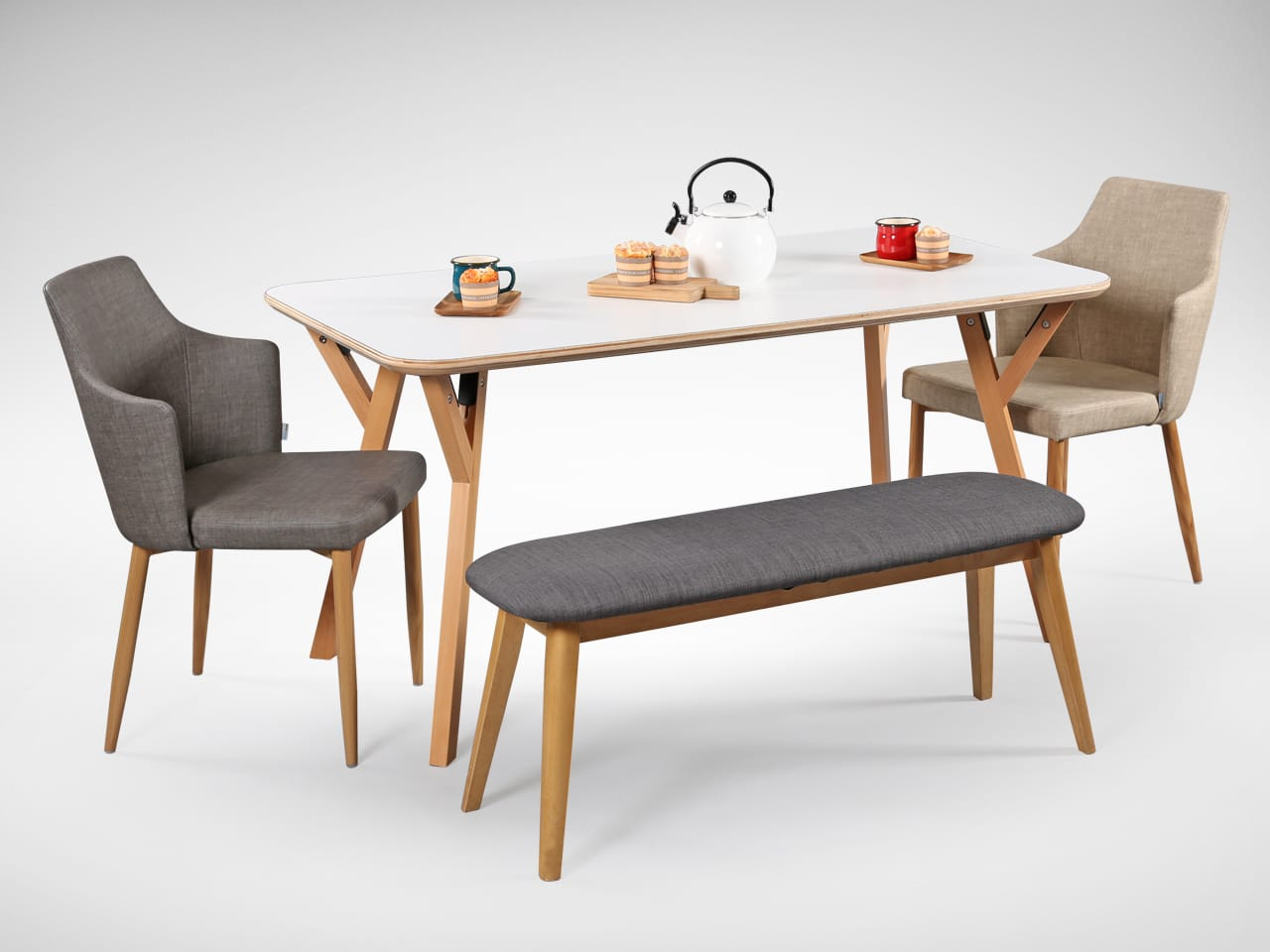 [Hatsuro Dining Table 1500, Corine Armchair & Barett Bench]