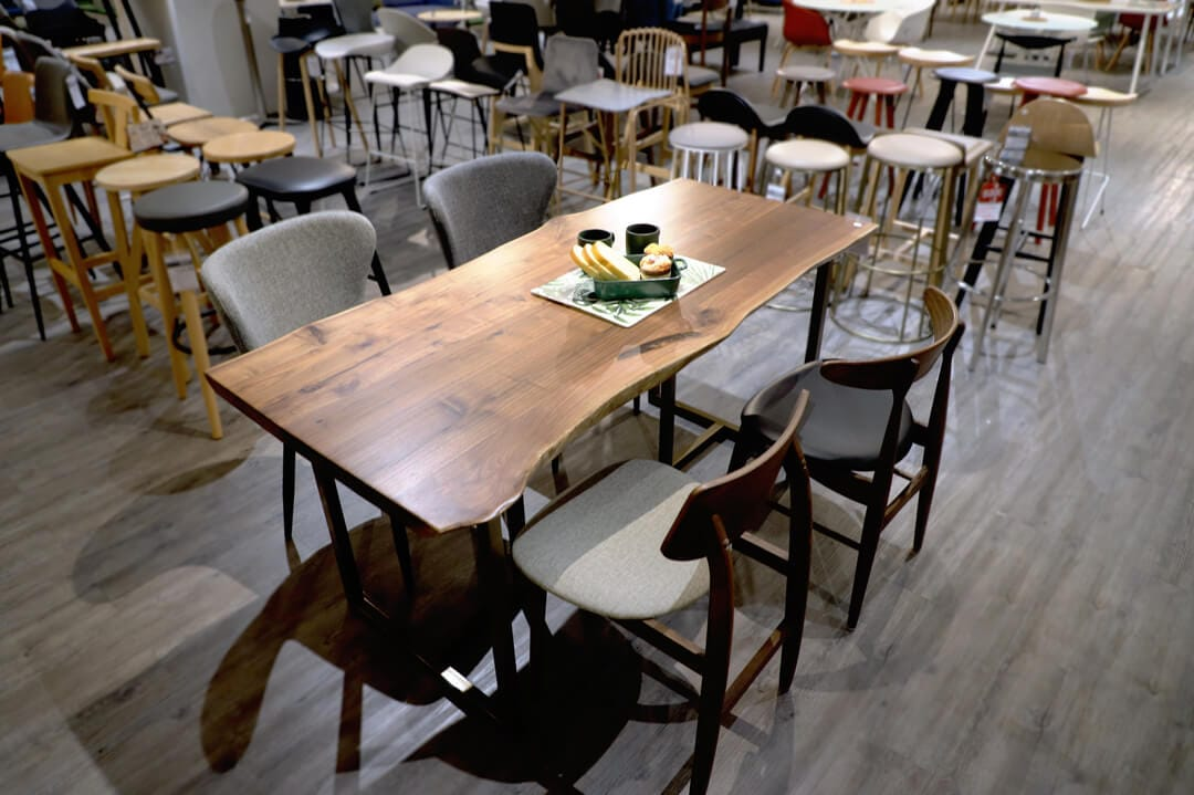 [Walnut x Tee Dining Table – 1600, Campri Side Chair & Hanoi Side Chair - Cocoa]
