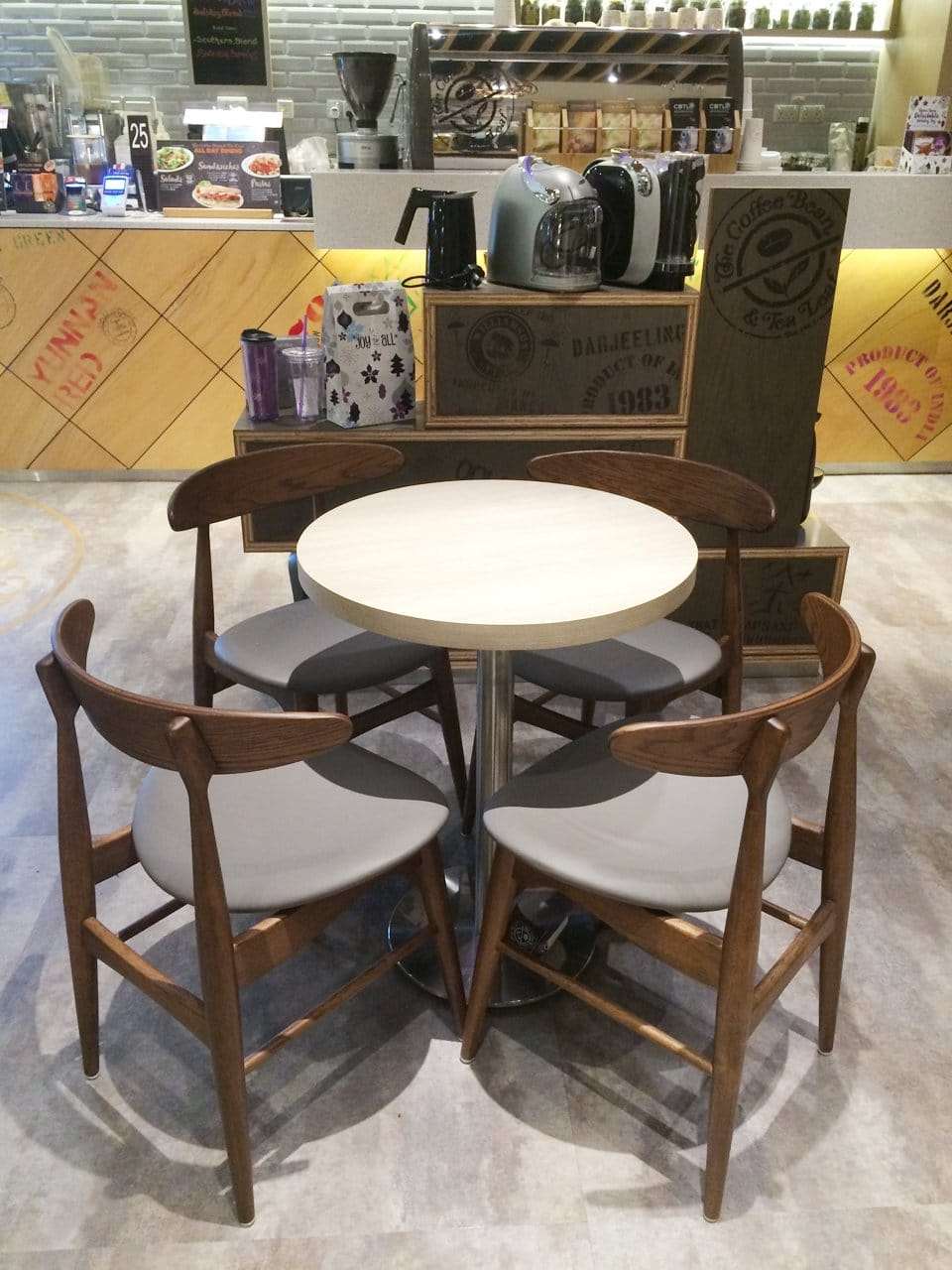 Coffee Bean - Alexandra Retail Centre (ARC) | Products Seen: [Hanoi Chair & Customised Laminated Tabletop with Traxtor Round Table Base]<br />